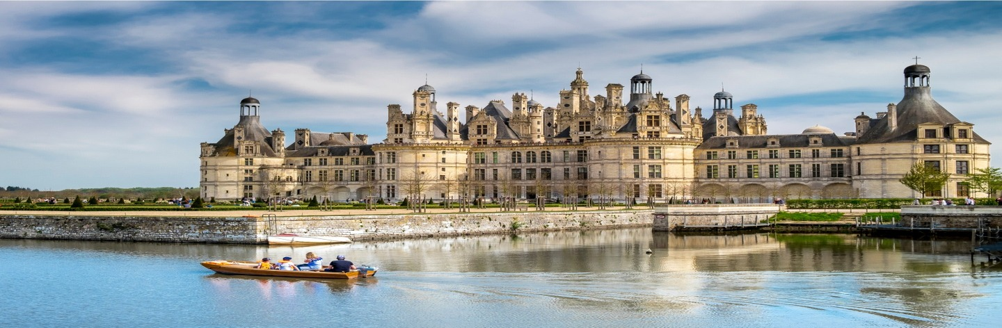 France's Most Stunning Chateaux Shutterstock 1421455484 Hero